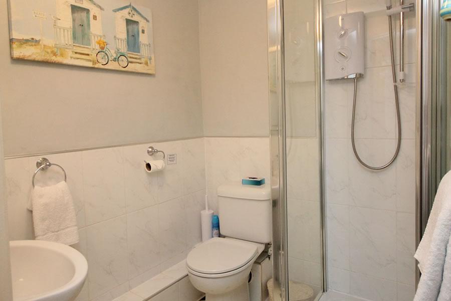 Bed and Breakfast Bathroom Room 4